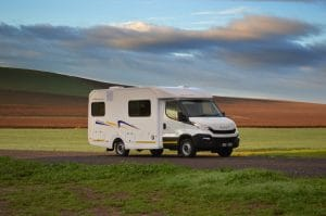 Discoverer 4 Berth Camper