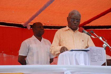 Mozambique President, Armando Guebuza addresses rally spectators